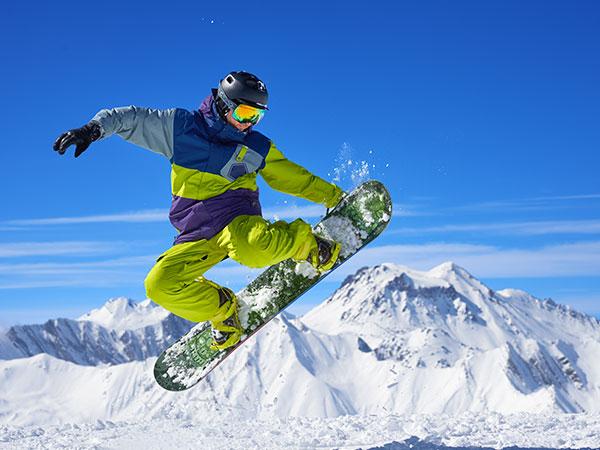Snowboard-et-Snowscoot